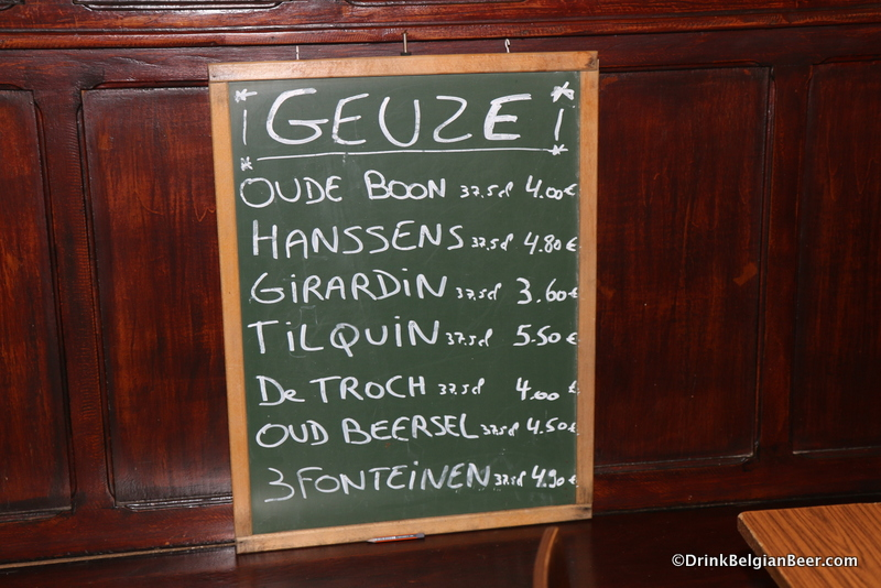 Photo of the geuze beer board Cafe De Kluis.