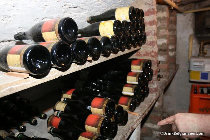 3 Fonteinen in the cellar at De Zwaan.