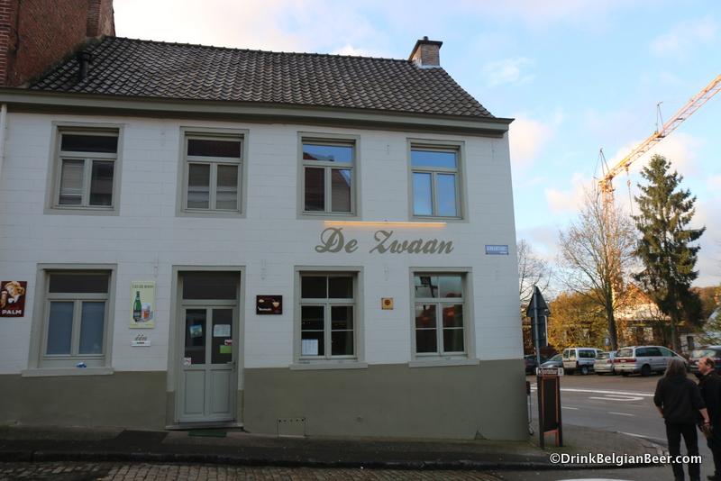 Herberg De Zwaan, Dworp.