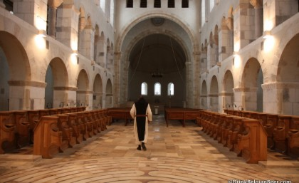 Trappistes Rochefort, Part 2: Abbey, Church, Library