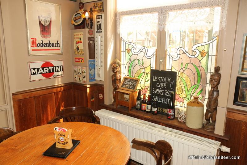 Inside 't Oude Postje cafe.
