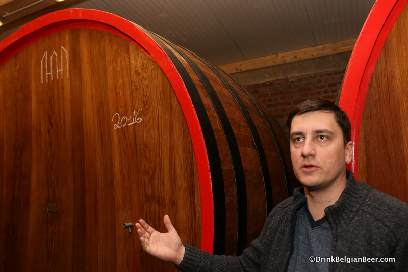 Gert Christiaens in a new foeder room on the top floor of Oud Beersel.