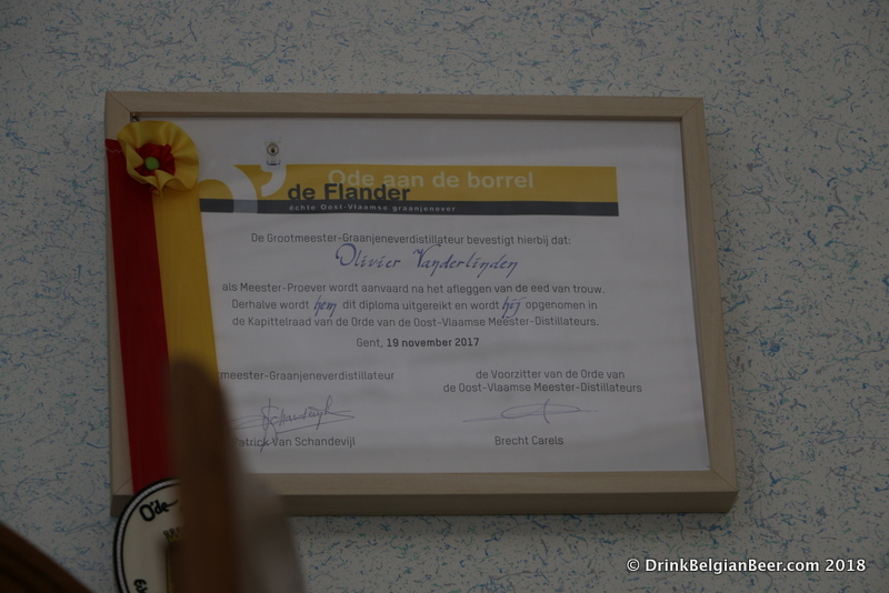 An award/accreditation from the Master Distillers of the Province of East Flanders.