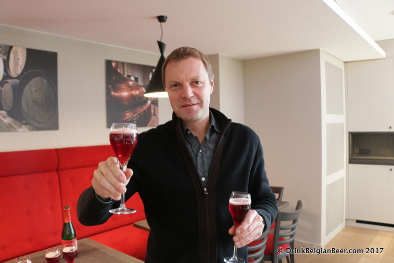 Brouwerij Lindemans Managing Director, Dirk Lindemans, with glasses of Oude Kriek Cuvée René.