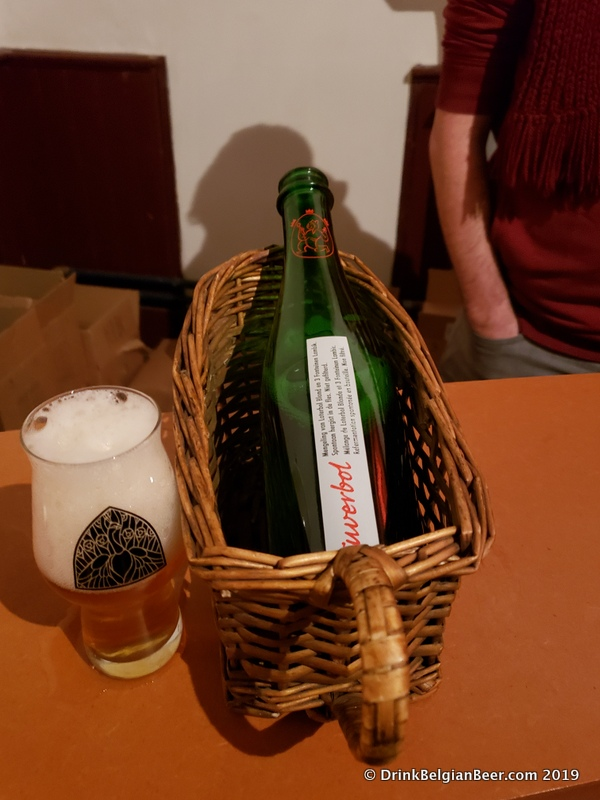 Tuverbol 2019, a blend of Loterbol Blonde and 3 Fonteinen lambic.