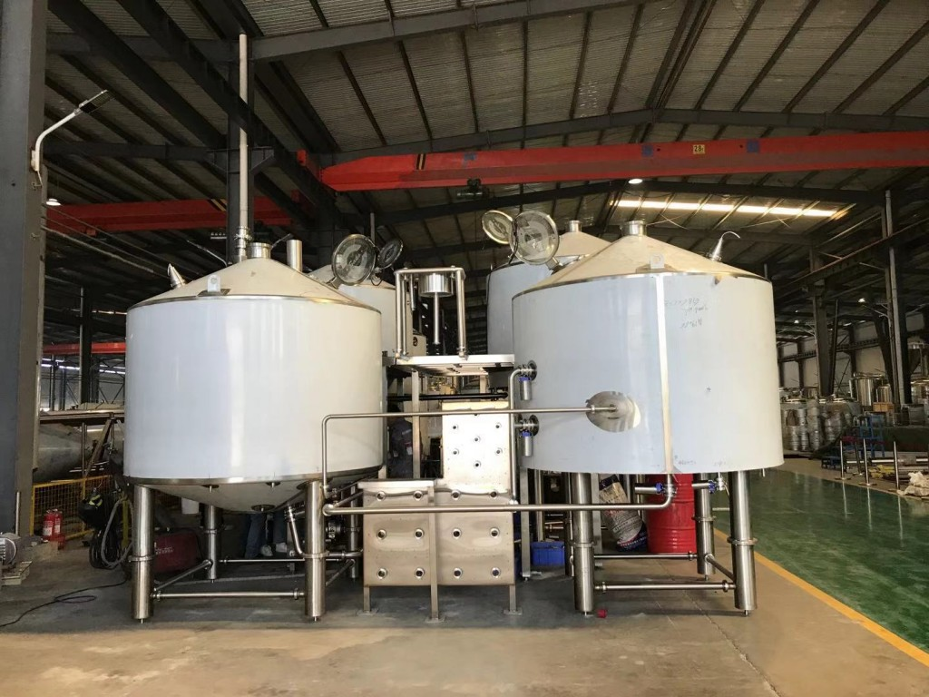A photo of the new Brouwerij Sako brewhouse at the factory in China.